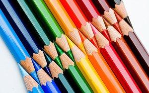 Художник-перфекционист рисует идеальными карандашами