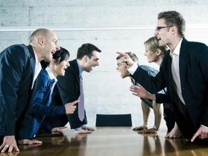 Борьба за лидерство