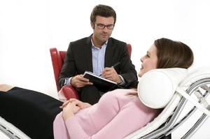 Психотерапия – это единственно верный путь для женщины, которая решила порвать с мужчиной-психопатом