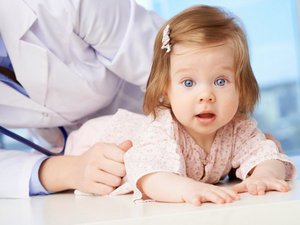 Проявление синдрома Ретта у ребенка - на что обратить внимание