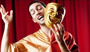 Занятия актерским мастерством позволят развить в себе эксцентричность