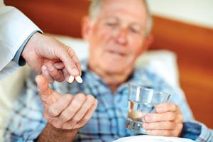 Как лечат слабоумие, связанное с возрастными изменениями, медикаменты