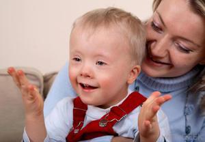 Детское слабоумие - это не всегда приговор, обязательно нужно заниматься ребенком с помощью врача