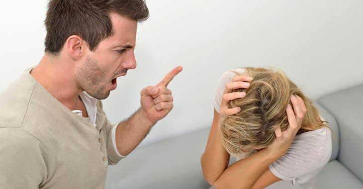 Женщина жертва в отношениях с мужчиной