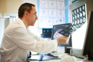 МРТ помогает определить отек головного мозга